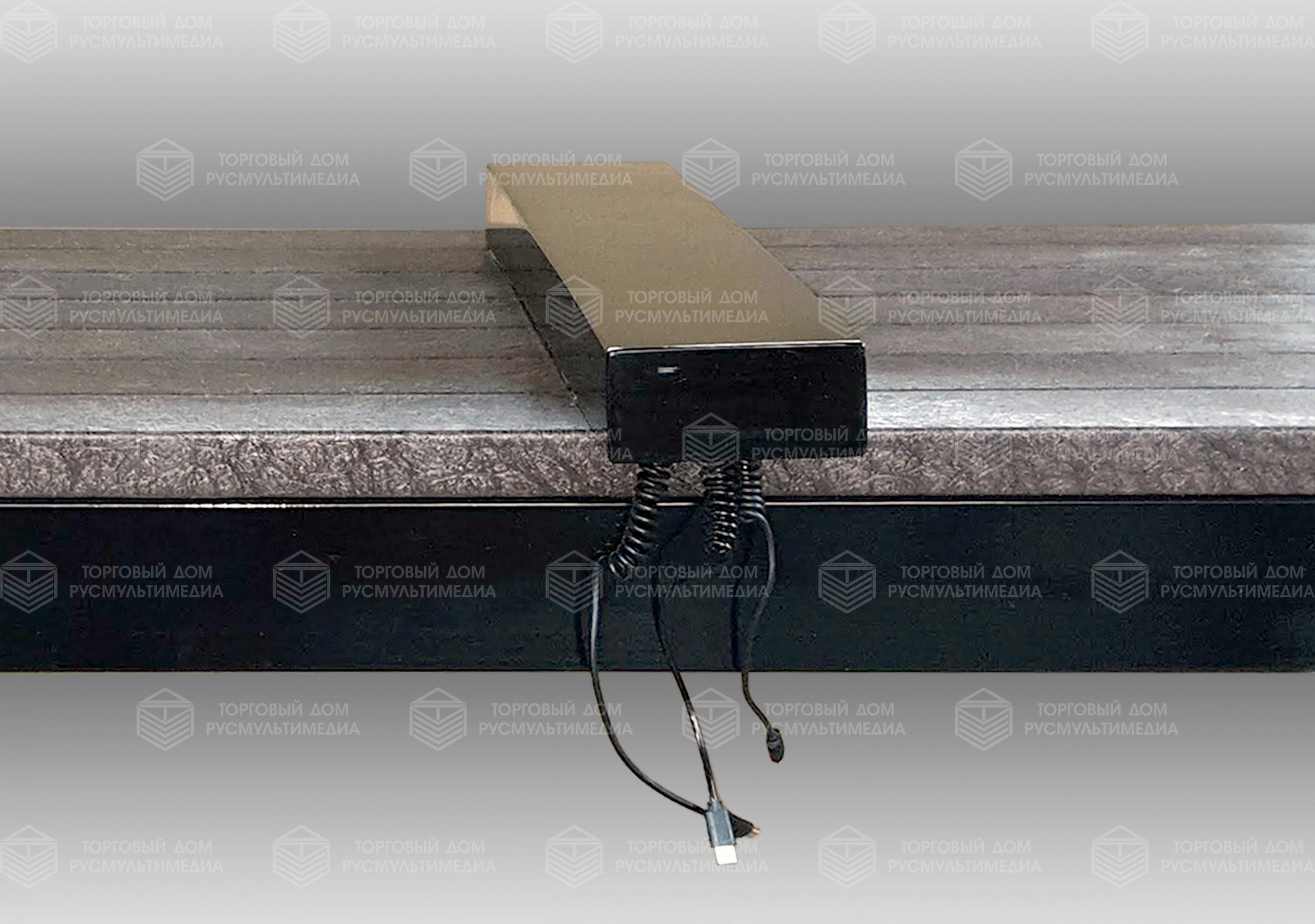 Наружный модуль с внешними кабелями